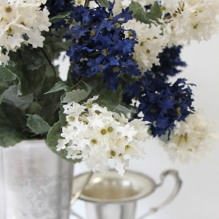 "Silk 7 Small Hydrangea Bloom Bush in Blue and White 19"" Tall - Gentille Home Collection - 1"