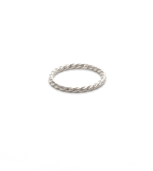 Thin Twisted Ring