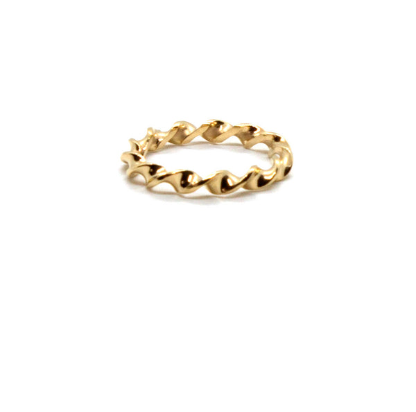 Waved Twist Ring
