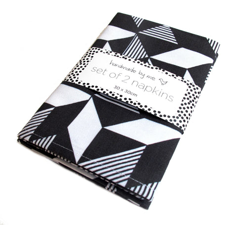 Geometric Monochrome Napkins (set of 2)