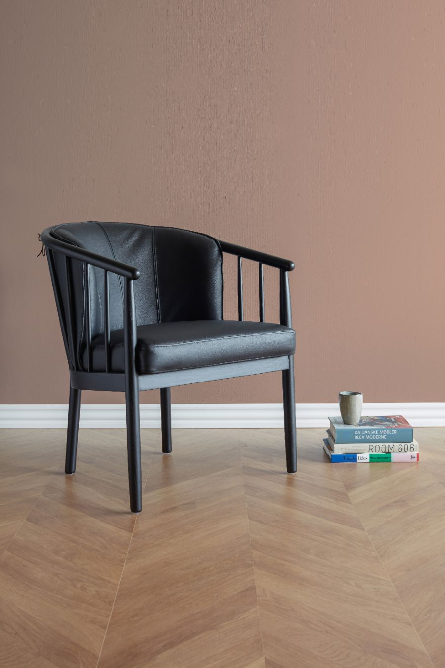 ANDRUP CHAIR