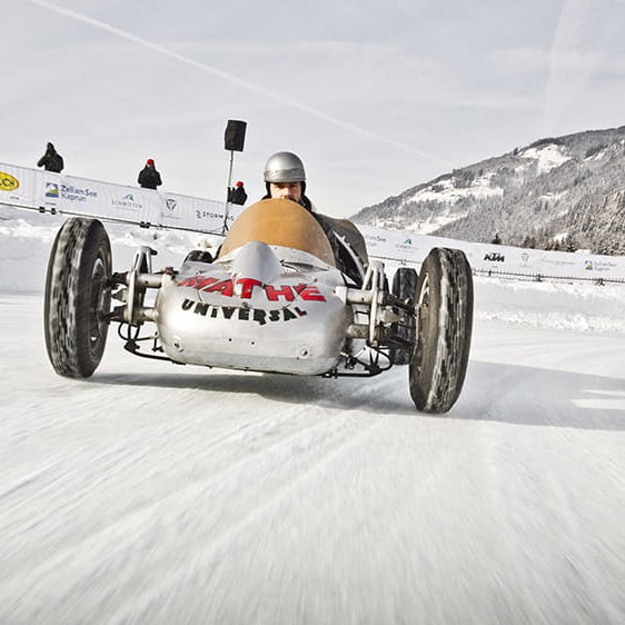 RACING… ON ICE