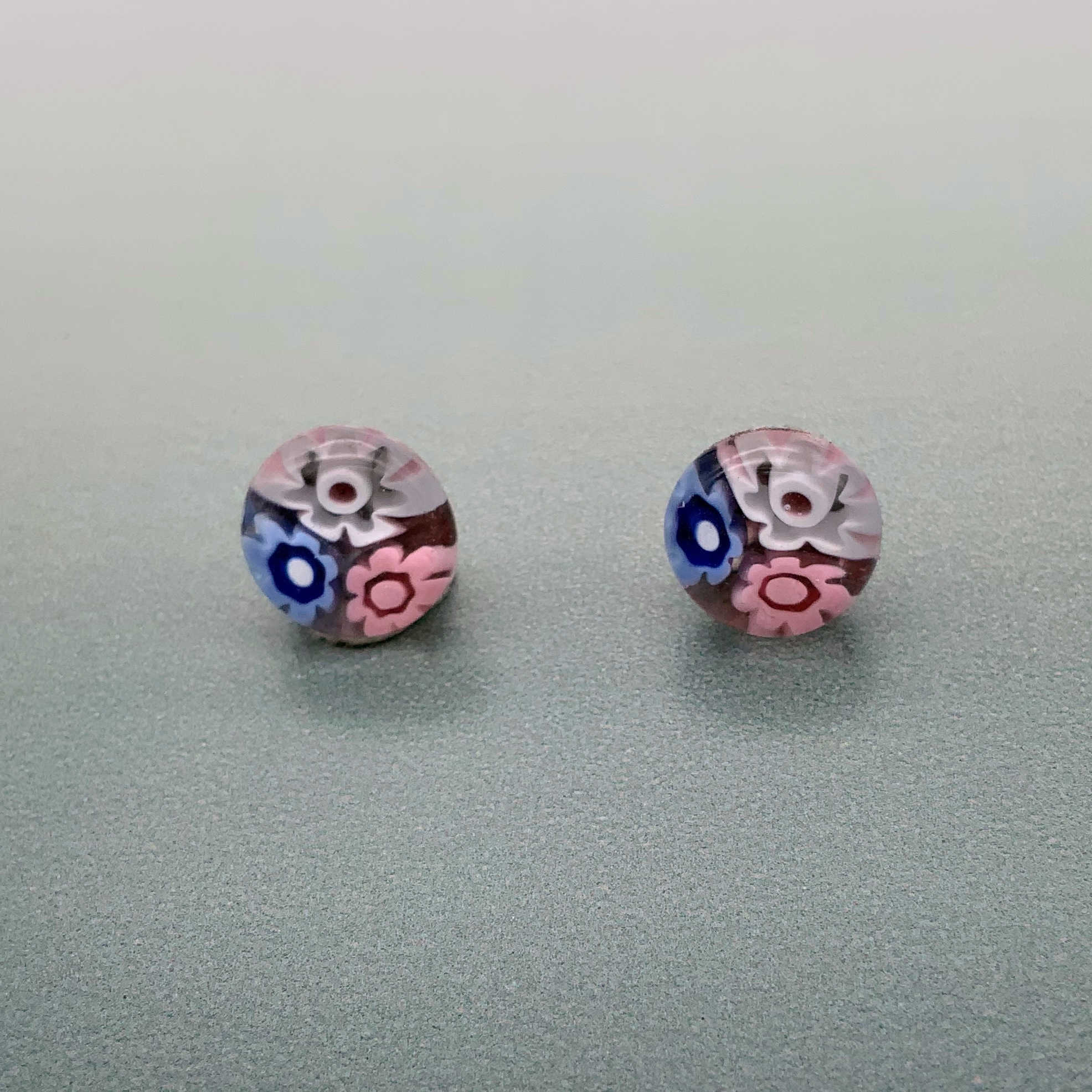 Cascade flamingo glass stud earrings