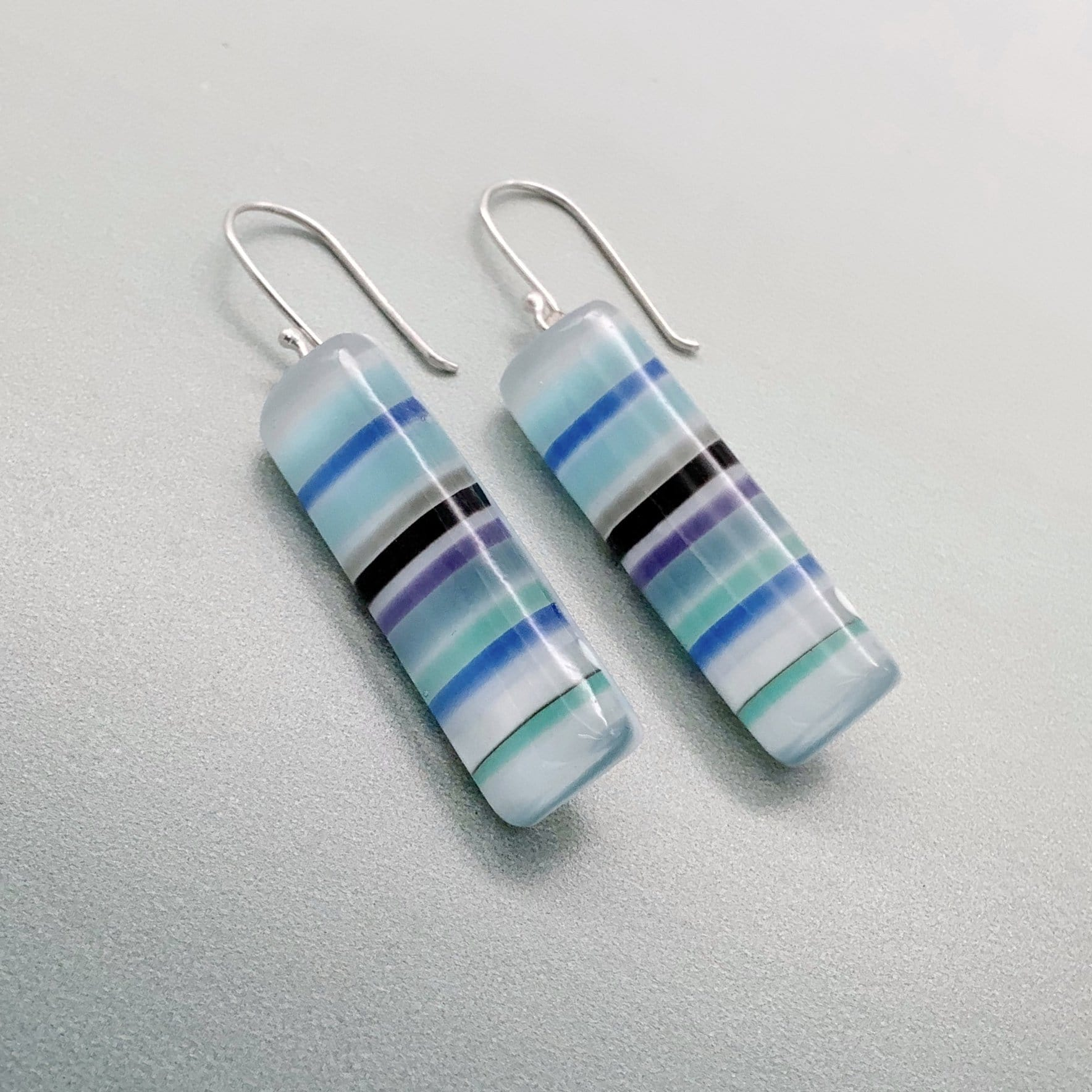 Sweetie long glass dangle earrings - Blueberry