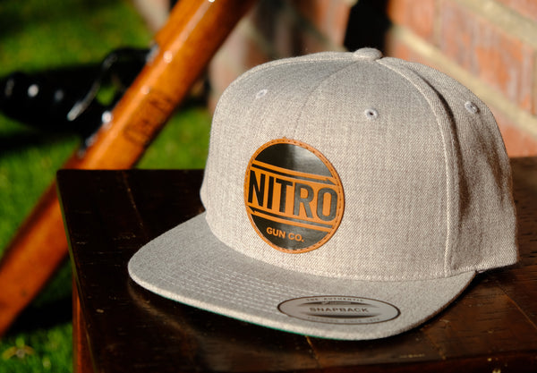"Premium""Classic"" Faux-Leather Snapback  - Heather Grey"