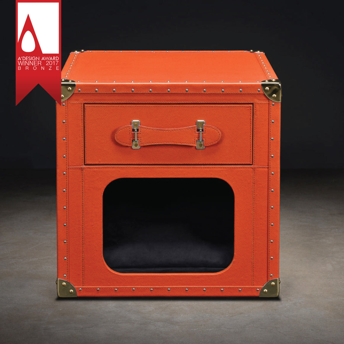 YORKSHIRE SIDE TABLE DOG HOUSE - Candy Apple Ltd