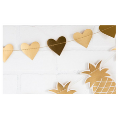 METALLIC HEART BANNER
