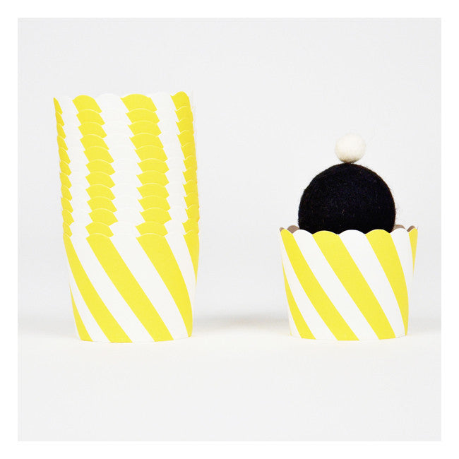Yellow Diagonal Stripes - Baking Cups