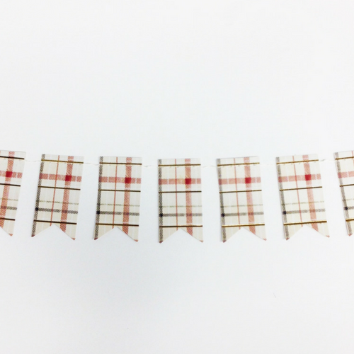 mini plaid tag banner