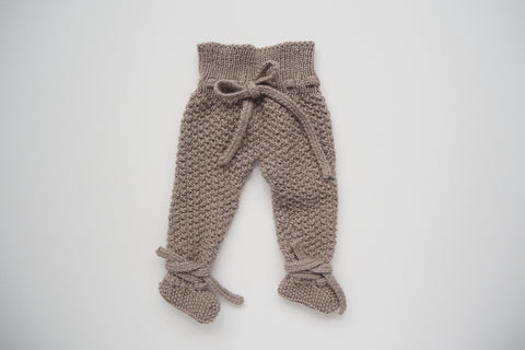 'Cocoon' Leggings with feet - Stone - Newborn