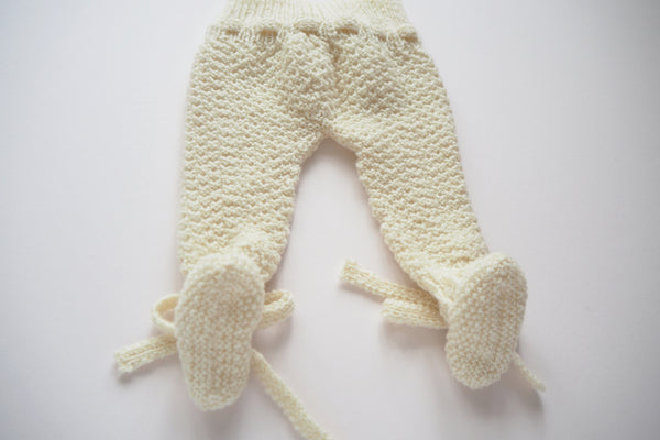 'Cocoon' Leggings with feet - Milk - Newborn