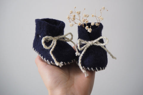 'Finnie' booties by the brand Filzling - Midnight - 0-3m