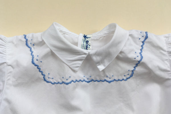 Blouse with a plastron hand embroidered - 18m