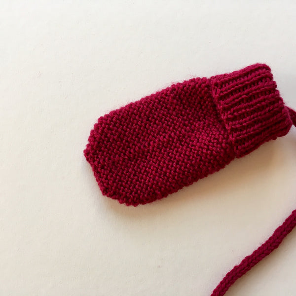 Mittens Cocoon - Strawberry - 0/3m - 50% off