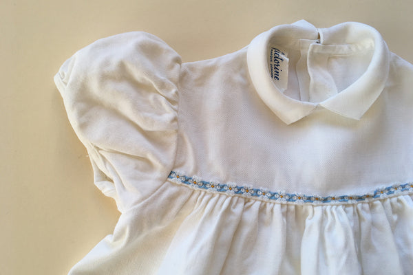 White dress with a blue ribbon - 12/18m