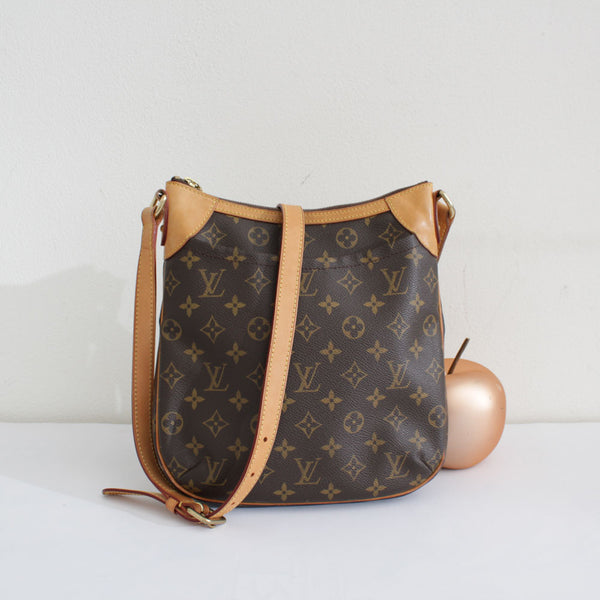 LOUIS VUITTON ODEON PM MONOGRAM