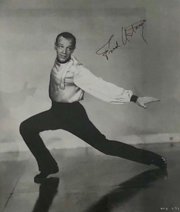 FRED ASTAIRE Autographed Black & White Photo - Appraisal Value: $5K*