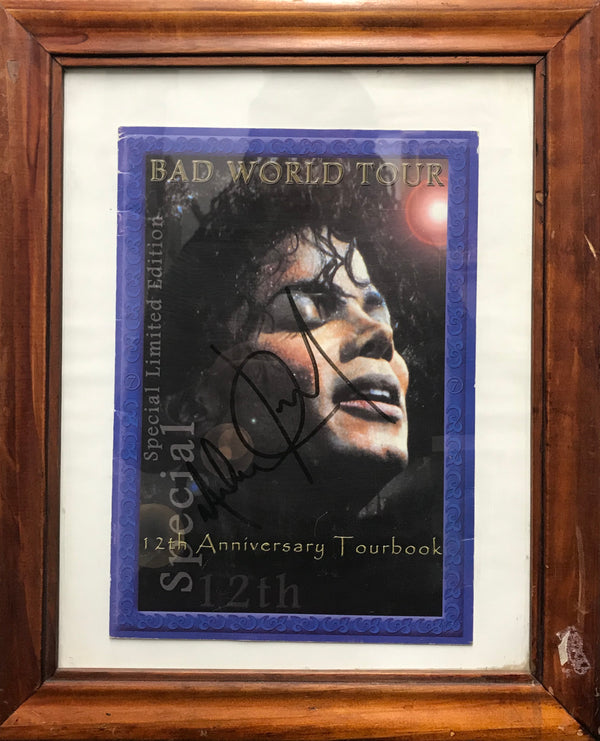 MICHAEL JACKSON Autographed Tourbook, 'Bad World Tour' - APR $3K*