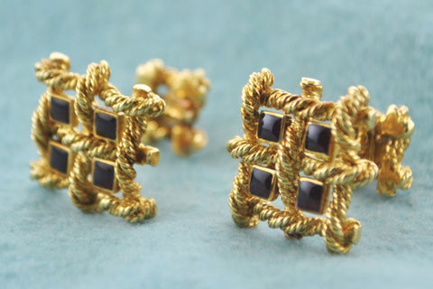 David Webb Pair of Cuff-links Ruby Style Stones Double Cuff-links in 18 Karat Yellow Gold - $15K VALUE