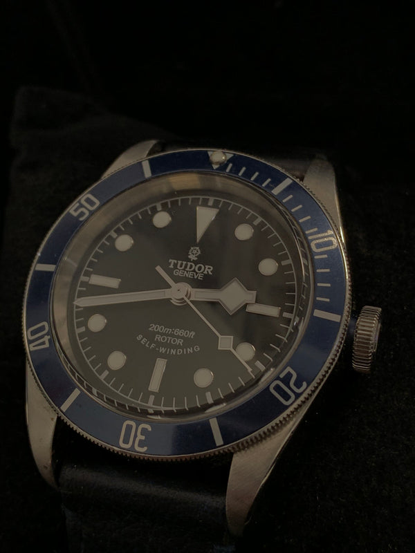 TUDOR/ ROLEX Rotor Self-Winding Diving Watch - $15K APR Value w/ CoA!