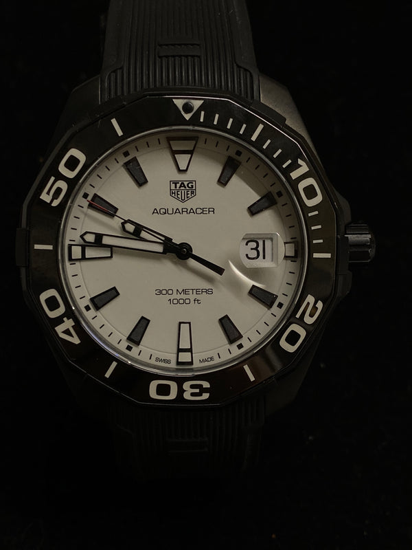 TAG HEUER Aquaracer Stainless Steel Men's Large Watch - Incredibly Rare - $4K Appraisal Value! ✓