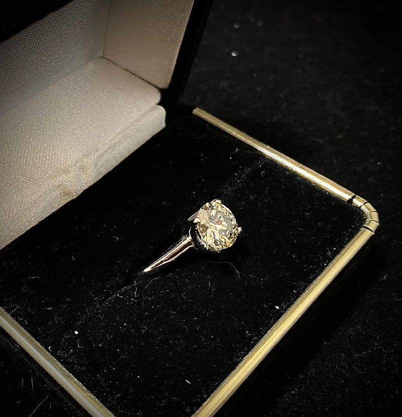 Stunning Solid White Gold 2Ct. Diamond Solitaire Engagement Ring - $80K Appraisal Value w/ CoA! }