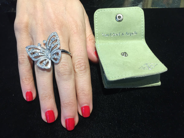 VAN CLEEF & ARPELS Butterfly Ring in 18K White Gold w/ 160 Diamonds! - $50K Appraisal Value! ✓
