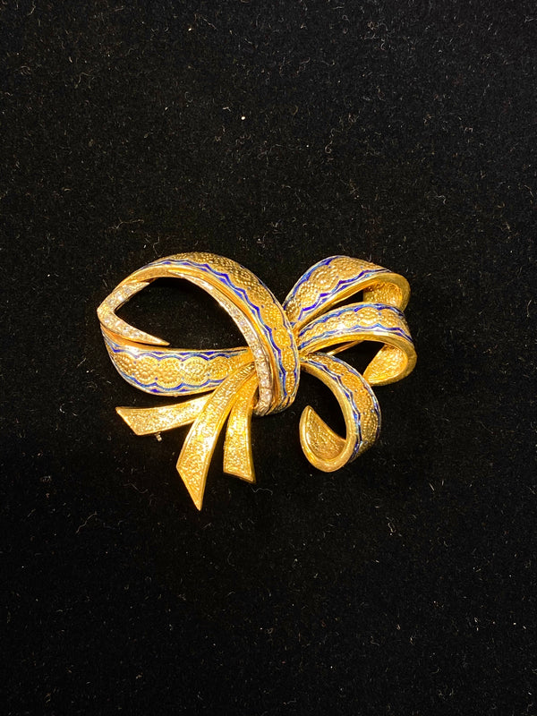 Vintage Italian Designer 18K YG 14-Diamonds Ribbon Brooch Pin - $20K VALUE