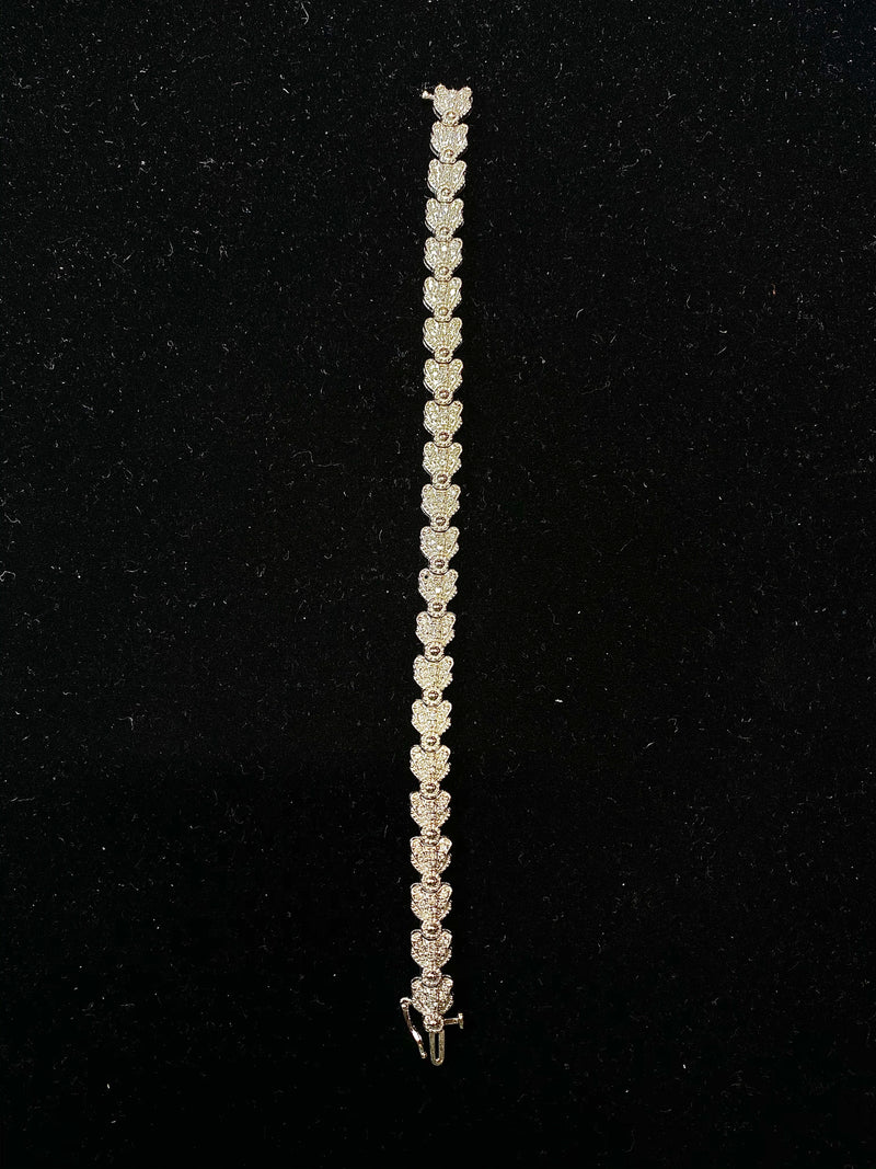 BEAUTIFUL White Gold Scalloped Floral Design Bracelet w/ 132 Diamonds - 4 Cts. - $20K VALUE