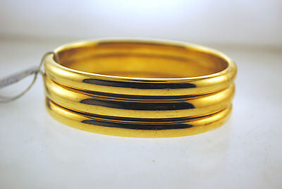 Contemporary Tiffany & Co. 18K Yellow Gold Wide Ridged Bangle Bracelet - $25K VALUE