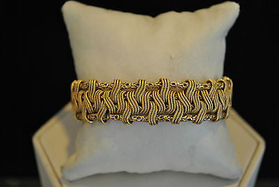 1940s Exquisite Designer Woven Bracelet in 18K Yellow Gold - $25K VALUE