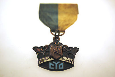 Very Rare Catholic Youth Organization Brooklyn Diocese Bronze Track Medal - $1K VALUE