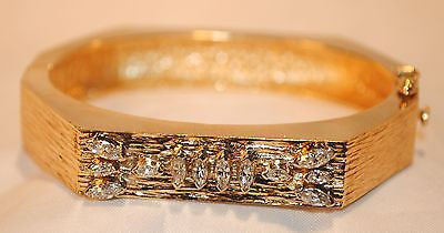 1960s Vintage Diamond Hinged Bangle Bracelet in Textured 14K Yellow Gold - $25 VALUE