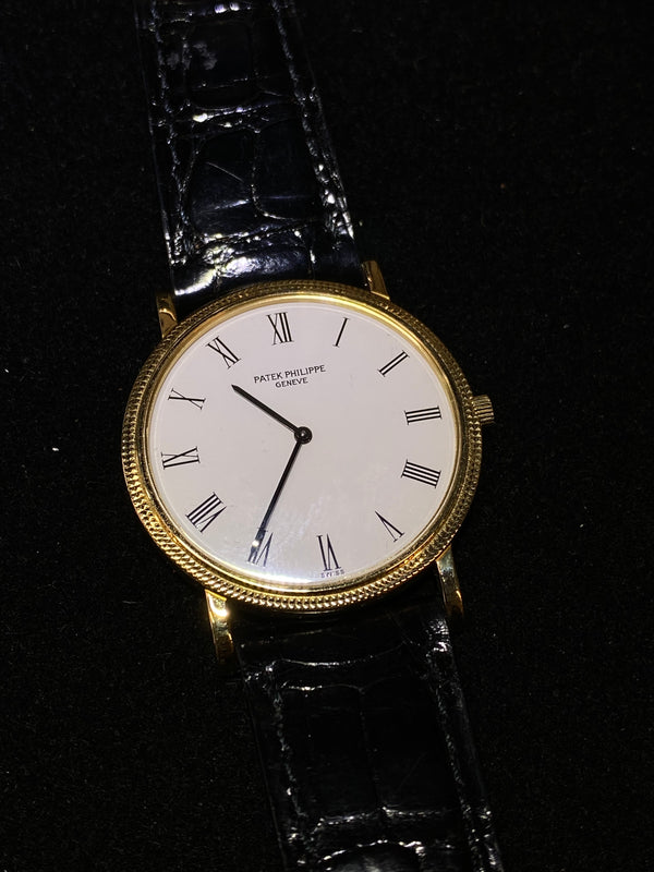 PATEK PHILIPPE Calatrava Vintage 1990's Ultra Thin 18K Yellow Gold Dress Watch - $50K Appraisal Value! ✓