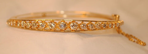 1950s Vintage 2.5 Carat Diamond Hinged Bangle Bracelet in 14K Gold - $25K VALUE
