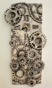 X/L Quirky Wall Clock