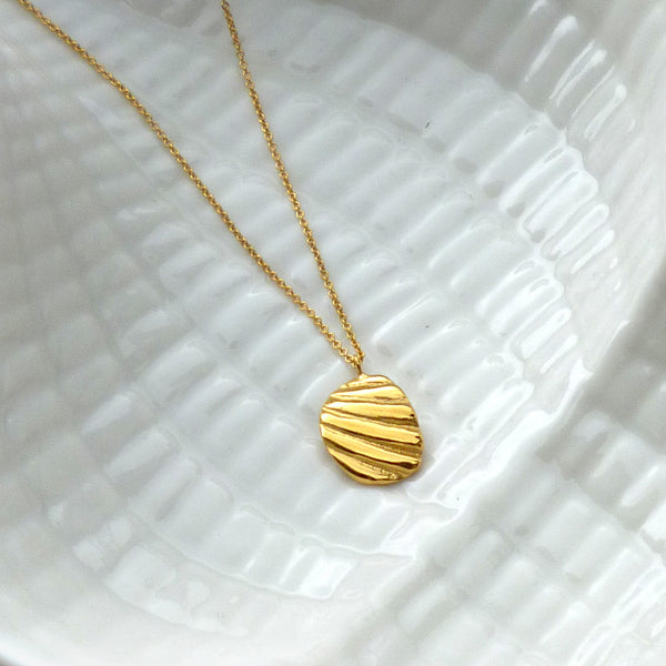 Paradiso Shell Fragment Necklace