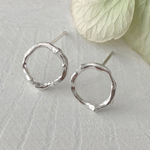 Twig Circle Stud Earrings in sterling silver - medium