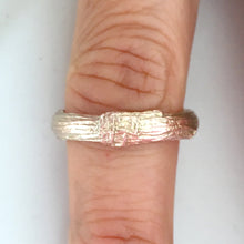 Load image into Gallery viewer, Twig wedding ring for men with woodgrain texture in 9 carat gold