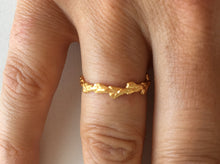 Load image into Gallery viewer, Conifer Leaf Wedding Ring in 9 carat gold