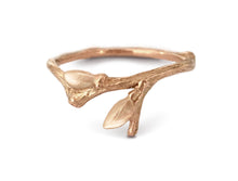 Load image into Gallery viewer, Willow Twig Ring in 18 carat gold