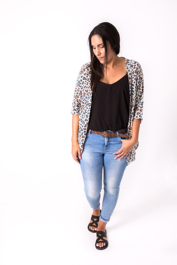 Short Light Animal Print Kimono