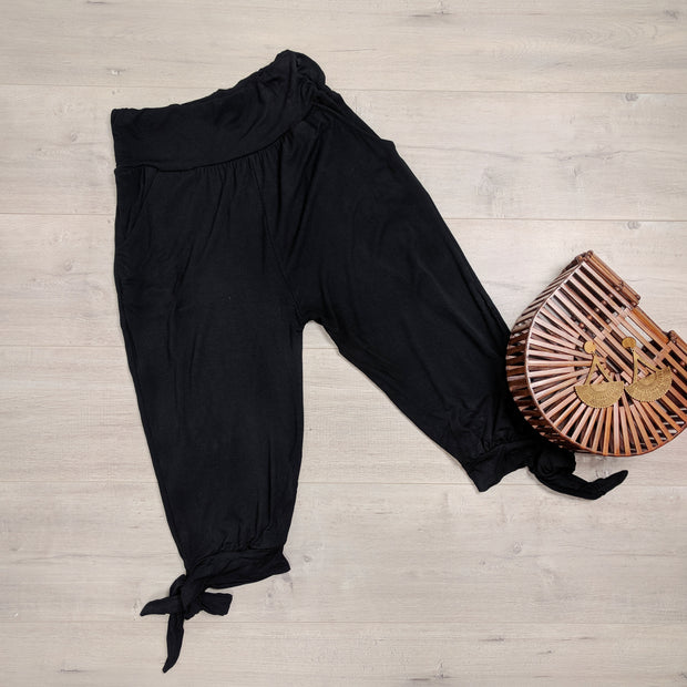 Photo of NOOZ 3/4 Lounge Pants With Tie laying flat
