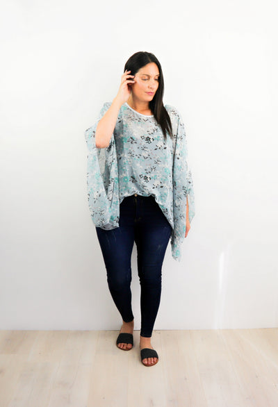 Butterfly Top - Sweet Light Blue Posy