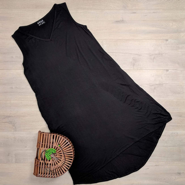 Black Relaxed Marvel Dress