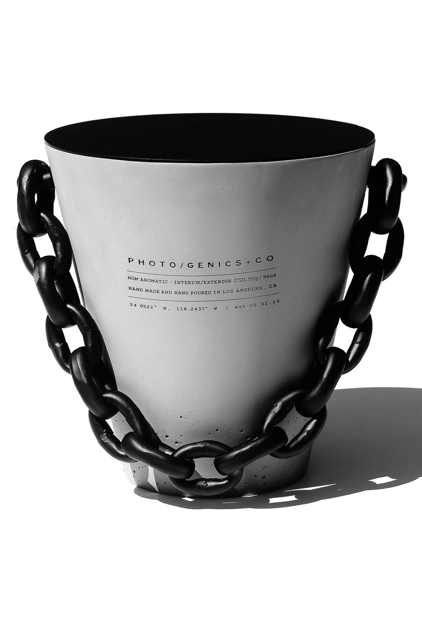 XL CONCRETE BUCKET CANDLE