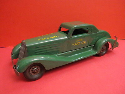 MARX SIREN POLICE CAR Large pressed steel toy 1930