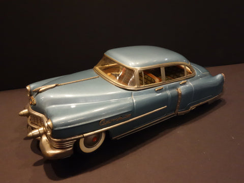 GAMA 300 Cadillac 1952 Metallic light blue