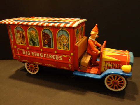 MASUDAYA Large BIG RING CIRCUS TRUCK working 1966
