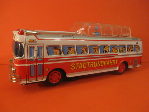 BANDAI SIGHT SEEING Bus Battery Operated 1964